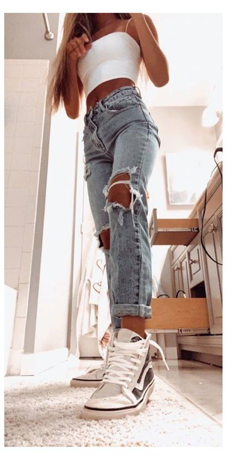 Sexy And Trendy Summer Outfits You Must Have; Summer Outfits; Summer Dress; Summer Mini Dress; Outfits; Teen Outfits; Cami Outfits; Hot Denim Pants; Hot Pants; Ripped Jeans; #summeroutfits #outfits #teenoutfits #minidress#denimskirt #hotpants #hotdenimpants #teengirloutfits #rippedjeans