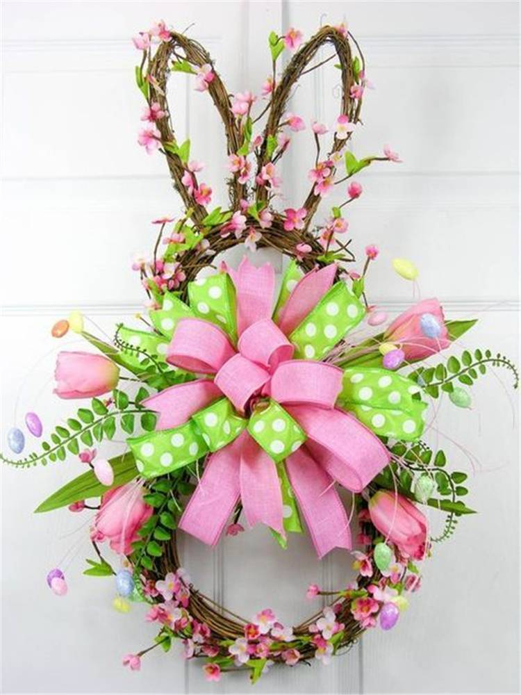 Brilliant Easter Decoration Ideas To Make Your Holiday Special; Home Decor; Holiday Decor; Table Decor; Easter; Easter Decor; Easter Table; Easter Table Deocr; Table Centerpiece; Easter Table Centerpiece; Easter Egg; Easter Bunny; Easter Flowers; Easter Wreath; #Easter #Easterdecor #easterholiday #easteregg #easterbunny #eastertable #tablecenterpiece #easterflowers #easterwreath