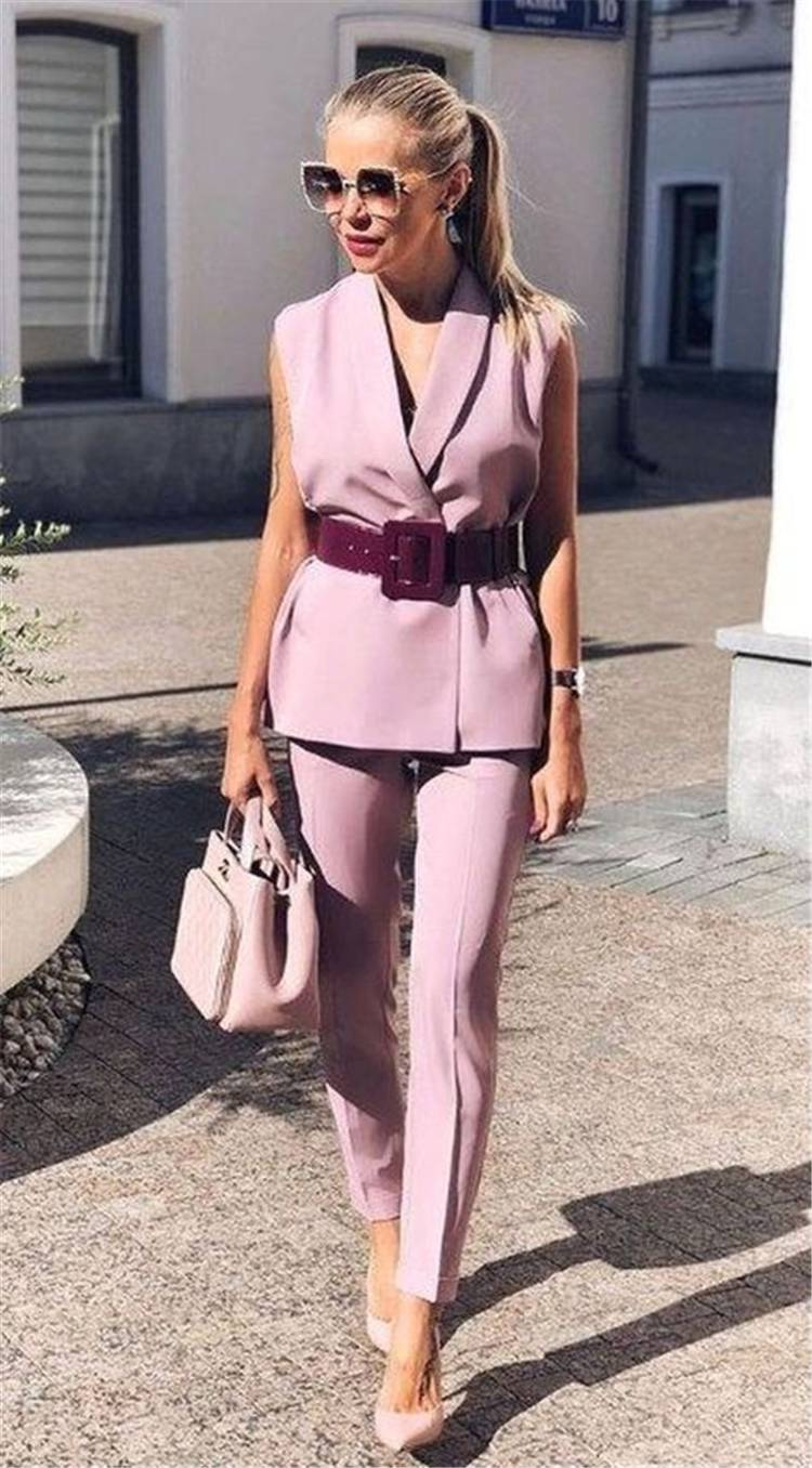Trendy Work Outfits To Make You Have A Nice Day; Spring Outfits; Outfits; Printed Skirt; Spring Blouse Outfits; White Shirt Outfits;Work Pants; Spring Suits; Cute Spring Outfits;Spring Work Outfits#springoutfits#outfits#springshirtoutfits#springskirt#springblouseoutfits #worksuits #workpants#springworkoutfits#whiteshirt