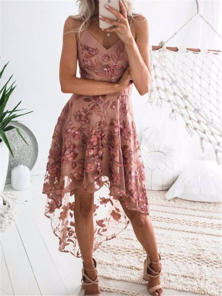Gorgeous Spring Dresses To Make You Glam; Spring Dress; Dress Outfits; Summer Dress; Floral Dress; Printed Dress; Lace Dress; Tulle Dress; Spring Outfits; #dress #springdress #floraldress #printeddress #lacedress #tulledress #springoutfits #summerdress #dressoutfits
