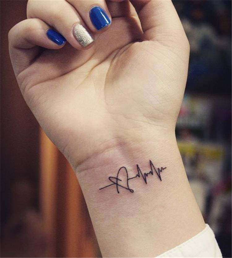 Tiny And Gorgeous Tattoo Designs You Would Love; Small Tattoo; Tiny Tattoo; Tiny Flower Tattoo; Tiny Finger Tattoo; Tiny Ankle Tattoo; Tiny Ear Back Tattoo; Tiny Wrist Tattoo; #tinytattoo #flowertattoo #floraltattoo #tinyflowertattoo #tinyfingertattoo #tinywirsttattoo #tinyankletattoo #tinyearbacktattoo #tattoo
