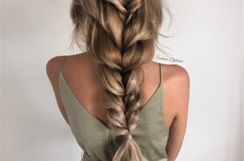Stunning Boho Hairstyles You Would Love; Boho Hairstyles; Hairstyles; Boho Braids; Boho Ponytail; Boho Half Up Half Down Braids; Boho Fishtail; Fishtail Hairstyles; Easy Hairstyles; Hair Ideas; #hair #hairidea #hairstyles #bohostyle #bohohairstyle #Boho #bohobraids #bohoponytail #bohofishtail #bohohalfuphalfdown #halfuphalfdownhairstyle #fishtailhairstyle #ponytail