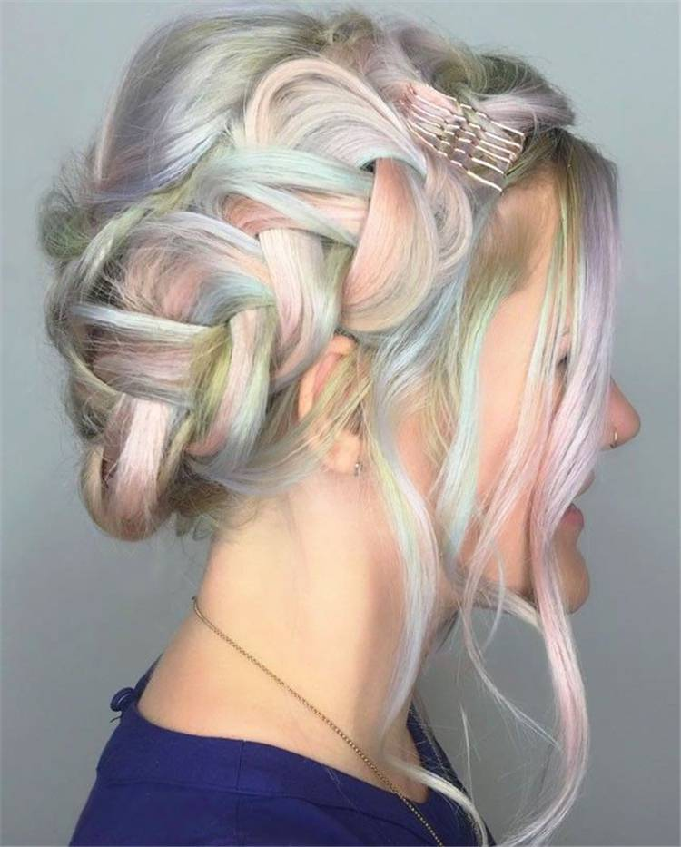 Pretty And Cool Rainbow Hairstyles For Your Inspiration; Rainbow Hair Color; Rainbow Hair Styles; Rainbow Color; Rainbow Hairstyle; Hair Color; Hairstyles #haircolor #hairstyles #rainbowhair #rainbowhairstyle #rainbowcolor #rainbowhaircolor