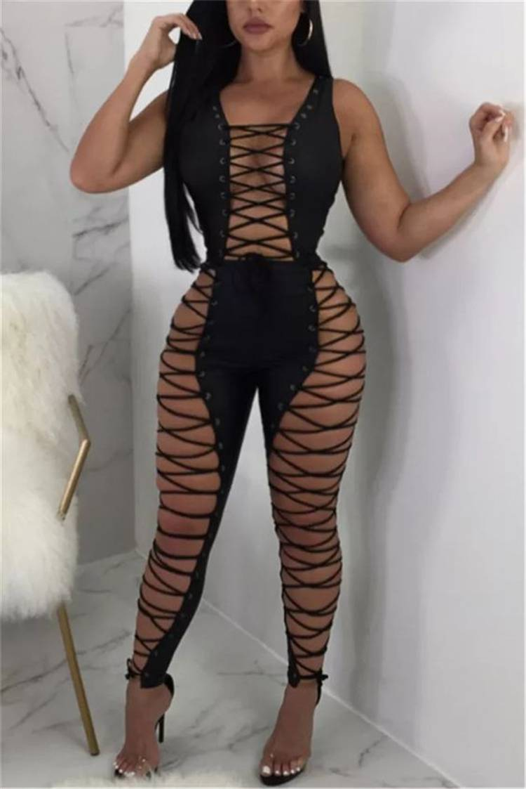 Sexy Club Outfits To Make You Glam In The Club; Party Outifts; Night Club Outfits; Sexy Outfits; Sexy Party Outifts; Sexy Night Club Outfits; Clubbing Outfits; Clubbing Bodycon Dress; Bodycon Skirt; Clubbing Jumpsuit; #outfits #partyoutfits #nightcluboutfits #sexyoutfits #partydress #jumpsuit #bodycondress #bodyconskirt