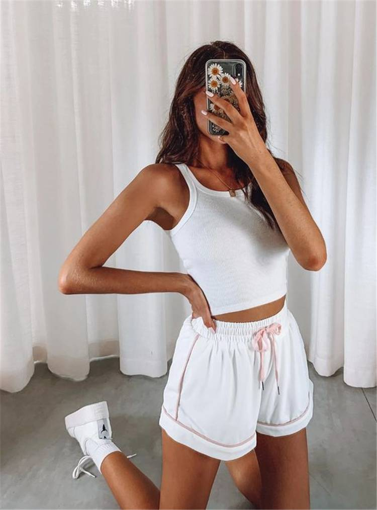 Sexy Summer Outfits You Must Have In Your Wardrobe; Summer Outfits; Outfits; Sports Shorts; Summe Sports Outfits; Summer Mini Skirt; Summer Crop Top; Sexy Outifts; #summeroutfits #outfits #sportsoutfits #miniskirt #croptop #sexysummeroutfits