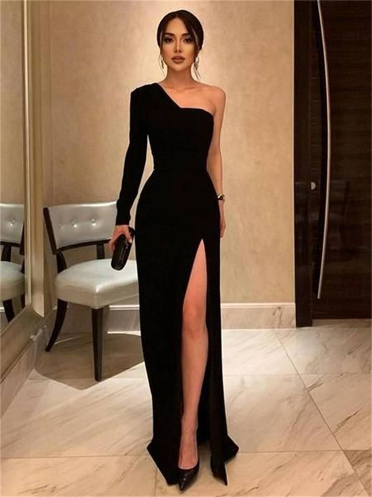 Sexy And Elegant Party Outfits To Make You Glam; Party Outifts; Night Club Outfits; Sexy Outfits; Sexy Party Outifts; Sexy Night Club Outfits; Clubbing Outfits; Party Bodycon Dress; Party Skirt; Party Mini Skirt; #outfits #partyoutfits #nightcluboutfits #sexyoutfits #partydress #miniskirt #bodycondress #bodyconskirt #partylongdress