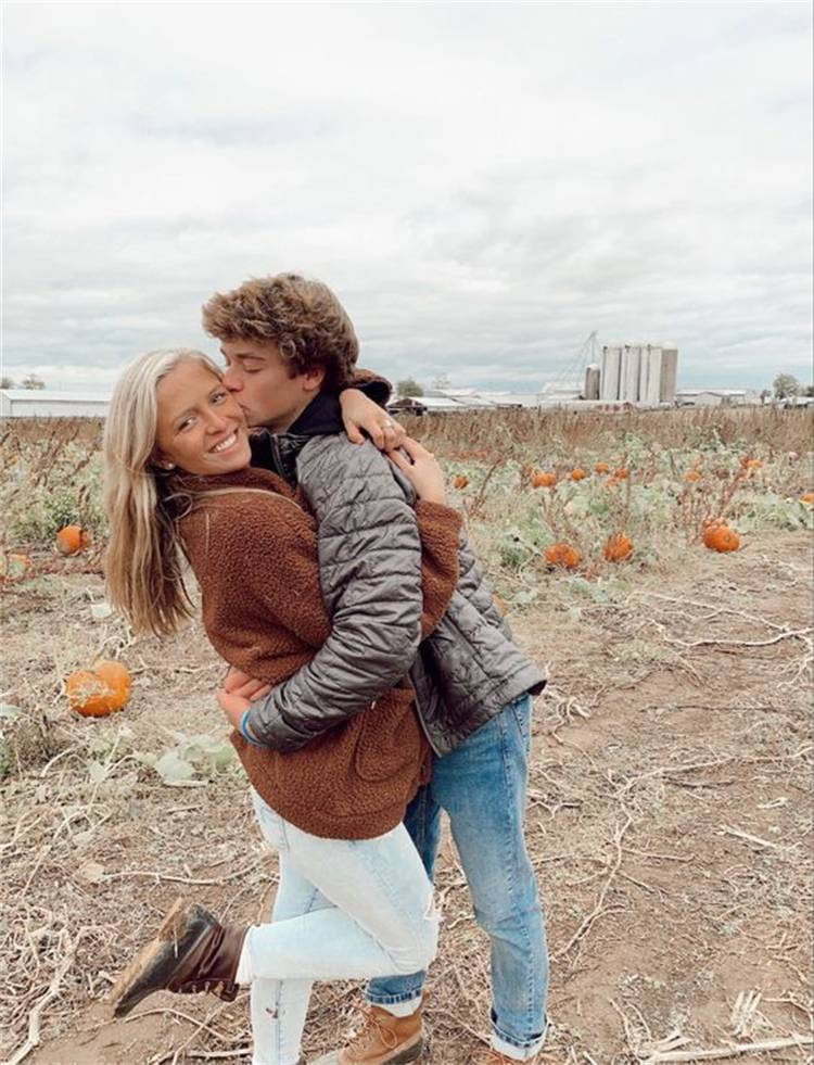 Romantic Teen Couple Goals To Make Your Life Sweeter;Relationship; Lovely Couple; Relationship Goal; Relationship Goal Messages; Love Goal; Dream Couple; Couple Goal; Couple Messages; Sweet Messages; Boyfriend Messages; Girlfriend Messages; Text; Relationship Texts; Love Messages; Love Texts;#Relationship#relationshipgoal#couplegoal#boyfriend#girlfriend#coupletexts#couplemessages#Valentine#Valentinesdate#Valentine'sday