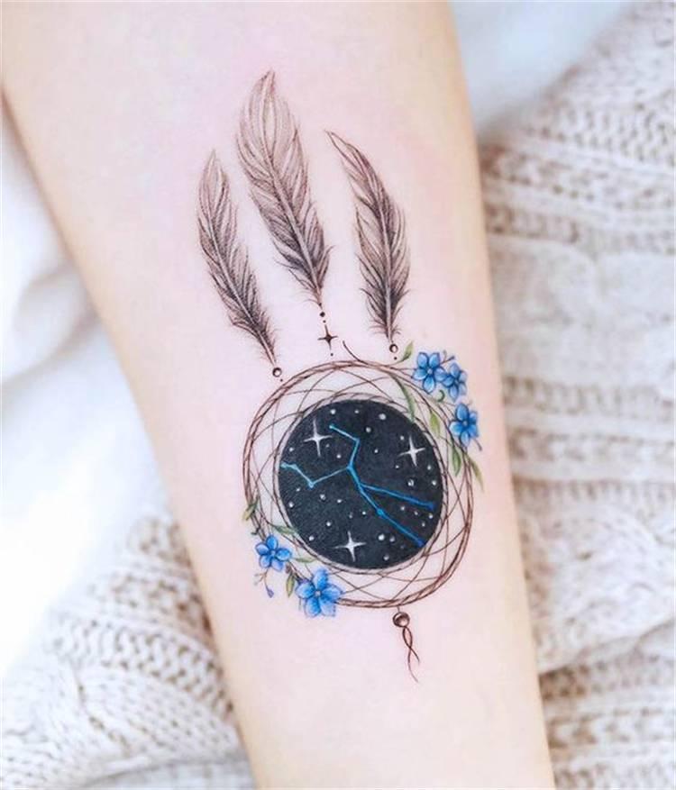 Gorgeous Dream Catcher Tattoo Designs You Must Love; Tattoo; Tattoo Design; Dream Catcher; Dream Catcher Tattoo; Arm Tattoo; Back Tattoo; Rib Tattoo; #dreamcatcher #dreamcatchertattoo #tattoo #tattoodesign #armtattoo #ribtattoo #backtattoo