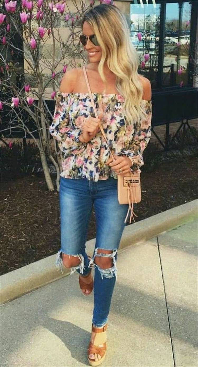 Trendy Off The Shoulder Outfits To Make Your Summer Hotter; Off The Shoulder Outfits; Outfits; Off The Shoulder Dress; Off The Shoulder Top; Off The Shoulder; Summer Outfits; #outfits #summeroutfits #offtheshoulderdress #offtheshoulder #offtheshouldertop #summerofftheshoulder