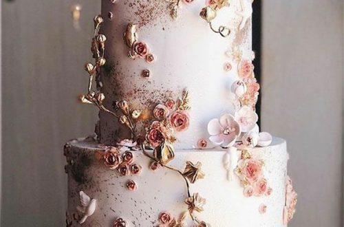 Classic And Elegant Wedding Cake Ideas For Your Big Day; Wedding Cake; Rustic Wedding Cake; Modern Wedding Cake; Romantic Wedding Cake; Unique Wedding Cake; Cake #weddingcake #rusticweddingcake #romanticweddingcake #modernweddingcake #weddingcakeDIY