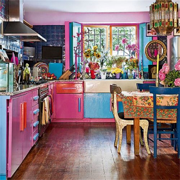 Bright Boho Color And Style Decoration For Your Sweet Home; Boho Living Room; Boho Bedroom; Boho Kitchen; Boho Style; Boho Home Decor; Home Decor; Living Room Decor; Bedroom Decor; Kitchen Decor #homedecor #bohodecor #boholivingroom #bohokitchen #bohobedroom #livingroomdecor #bedroomdecor #kitchendecor