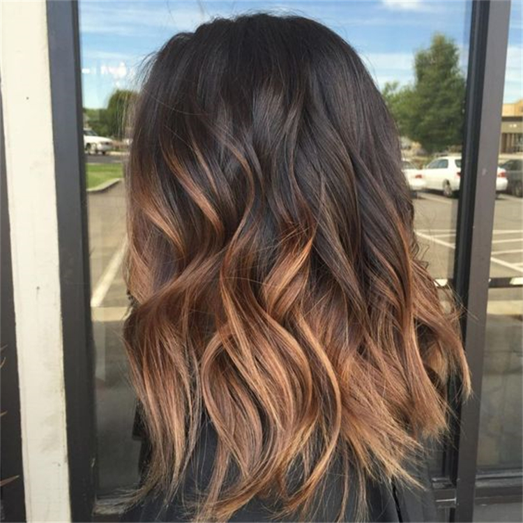 Amazing Fall Hair Colors To Conquer This Season; Hair Color; Fall Hair Color; Hair; Hair Ideas; Hairstyles; Balayage Hair Color; Blonde hair Color; #hair #haircolor #balayagehaircolor #hairstyle #fallhaircolor #pinkhaircolor #caramelhaircolor