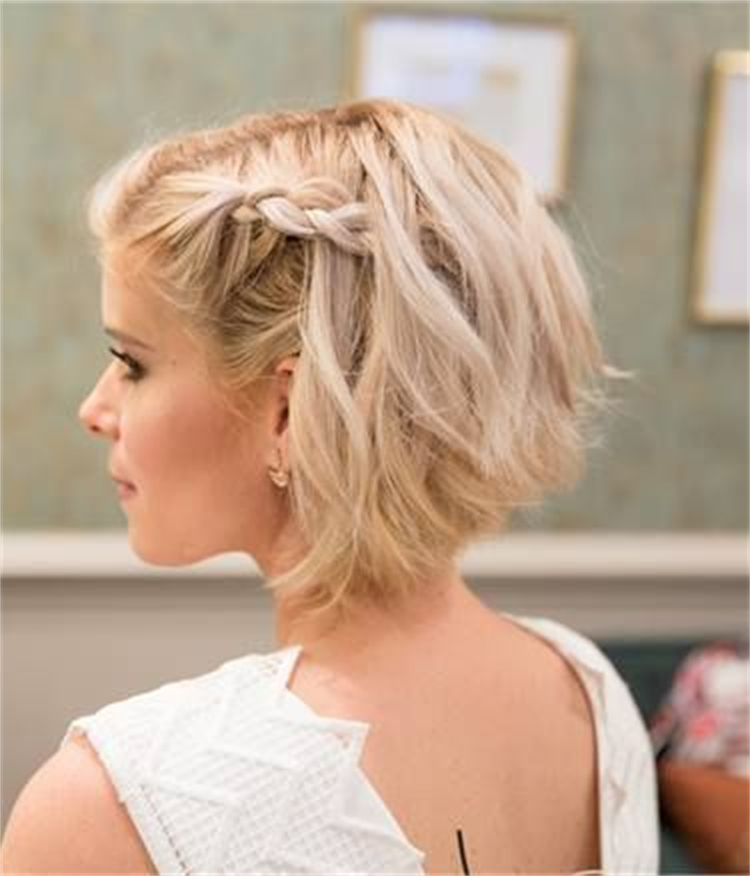 Gorgeous Hairstyles With Braids For Your Inspiration; Hairstyle; Braided Hairstyles; Bob Braids Hairstyles; Spring Hairstyle; French Braided; Half Up Half Down Braids Hairstyles; Top Knot Braids Hairstyles #braidedhairstyle #hairstyle #springhairstyle #bobbraidshairstyle #halfuphalfdownbriadshairstyle #topknot #topknothairstyles