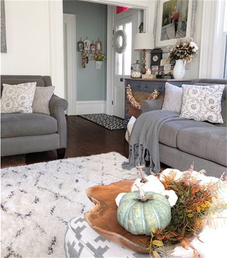 Elegant Fall Living Room Decoration Ideas For Your Inspiration; Modern Living Room; Rustic Living Room Decoration; Fall Living Room; Living Room Decoration Ideas; Boho Living Room;#livingroom #livingroomdecoration #decor #rusticlivingroom #boholivingroom #coastalivingroom #modernlivingroom #falllivingroom #falldecoration #falllivingroomdecoration