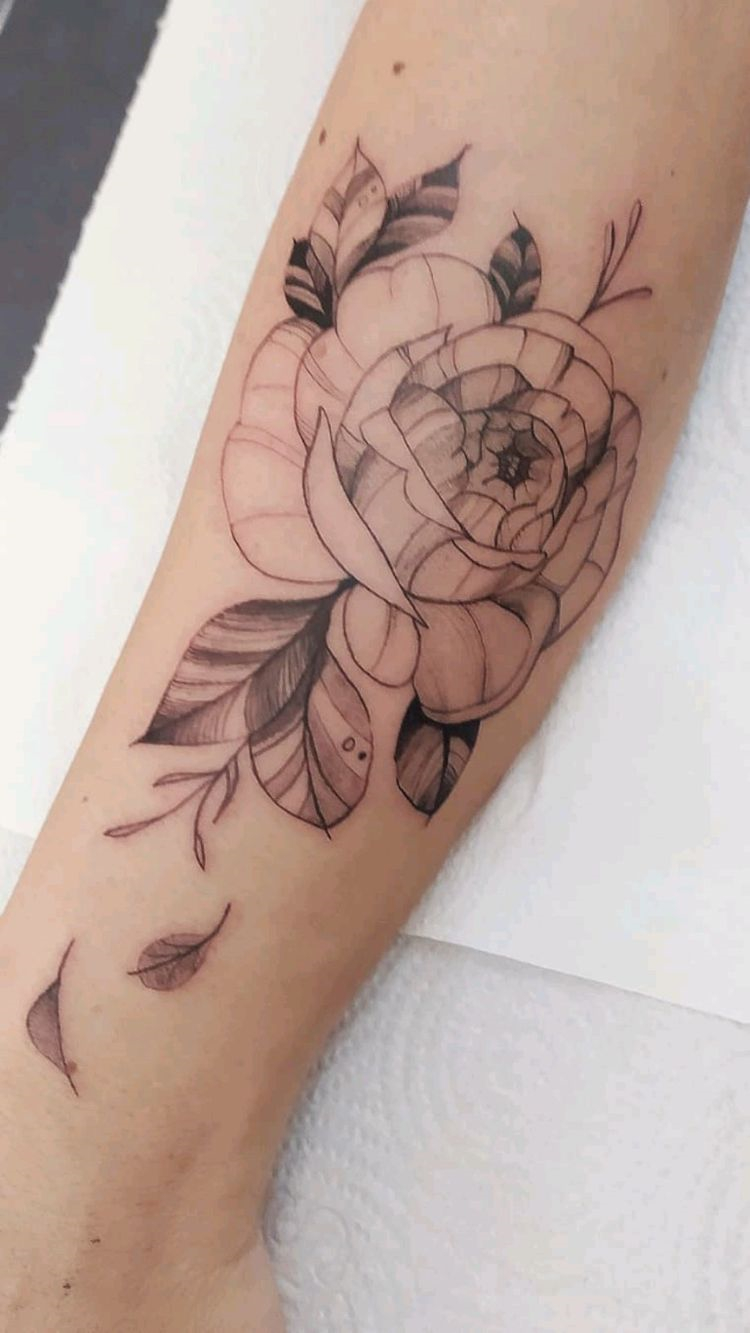 Cool Fall Tattoo Designs To Make You Enjoy The Fall Season; Fall Tattoo; Tattoo; Tattoo Design; Fall Leave Tattoo; Fall Pumpkin Tattoo; Fall Flower Tattoo; #tattoo #tattoodesign #falltattoo #fallleavetattoo #fallpumpkintattoo #fallflowertattoo