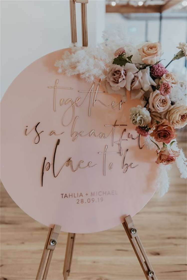 Important Elements For A Big Wedding Day; Wedding Arch; Wedding Hairstyles; Wedding Dresses; Wedding Rings; Wedding Signs; Wedding Ceremony; #wedding #weddingarch #weddingring #weddingsign #weddingceremony #weddingdress #weddinghairstyle